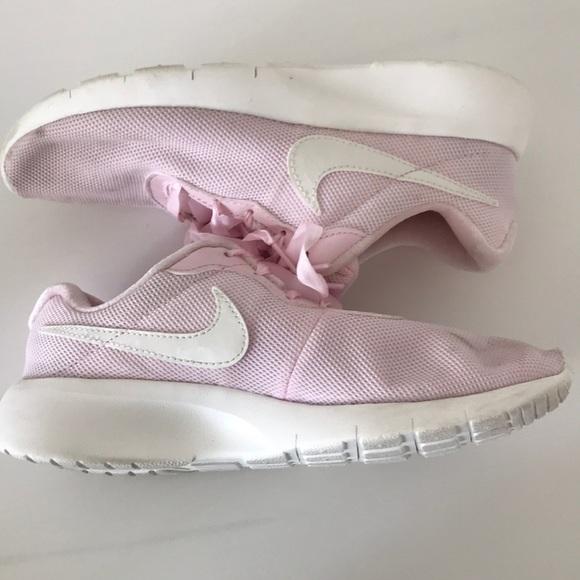 NIKE Pastel Pink Running Sneakers